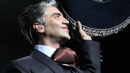 """ALEJANDRO FERNÁNDEZ """"EL POTRILLO"""" CONMOVIDO HASTA LAS LÁGRIMAS"""