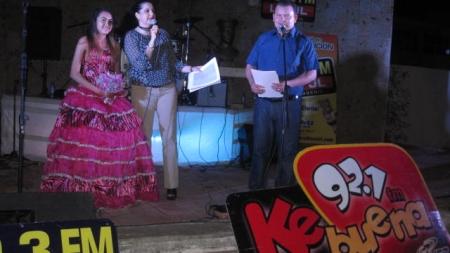 ¡INCREÍBLE AMBIENTE DURANTE LA FINAL DE «LA QUINCEAÑERA DE GRUPO CHAVEZ RADIO»!