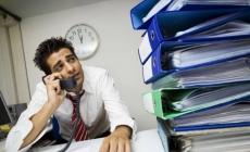 Estrés laboral genera insatisfacción y baja productividad.
