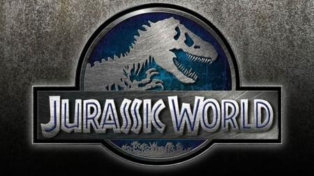 Más dinosaurios y nada de sentido en el nuevo tráiler de Jurassic World.