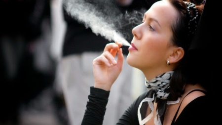 FUMAR UN ÚNICO CIGARRO AL DÍA AFECTA CASI IGUAL QUE FUMAR UNA CAJETILLA