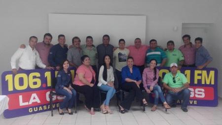 Capacitación para personal del Grupo Chavez Radio.