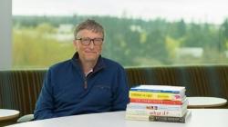 Bill Gates te recomienda 7 libros para leer este verano.