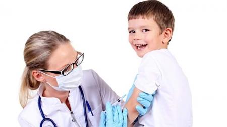 Poliomielitis es incurable, pero puede prevenirse con vacunación.