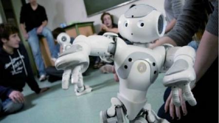 ROBOTS SUPLANTARÁN A LOS SACERDOTES DE JAPÓN