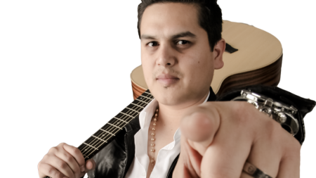 REGULO CARO PRESENTA NUEVO VIDEO