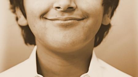 ¿Por qué algunas personas ríen más que otras?