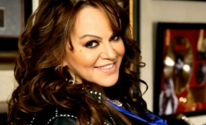 LUPILLO RIVERA INTERPRETARÁ CANCIÓN DE SERIE DE JENNI RIVERA ¡NO AUTORIZADA!