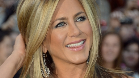 ¿QUE ODIABA JENNIFER ANISTON DE FRIENDS?