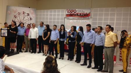 EN GUASAVE LA FERIA CANACO CON GRUPO CHAVEZ RADIO