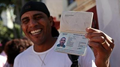 FRONTERA DE MÉXICO ALERTA CON LLEGADA MÁSIVA DE CUBANOS