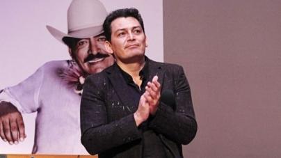 JOSE MANUEL FIGUEROA Y PABLO MONTERO SE RAPAN PARA PAGAR APUESTA