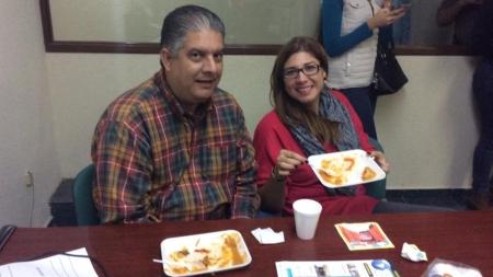 LOS TAMALES LLEGARON A GRUPO CHAVEZ RADIO