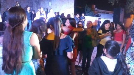 ALONDRA GANADORA DE LA QUINCEAÑERA DE GRUPO CHAVEZ RADIO GUAMUCHIL