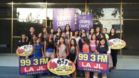 REUNIÓN CON LAS QUINCEAÑERAS GRUPO CHAVEZ RADIO 2017