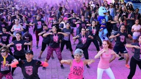 ZUMBA CLASS DESDE LA CARRERA ROSA 2017