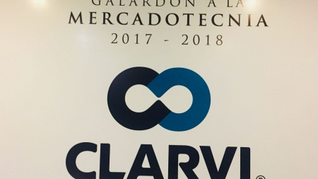 GRUPO CHAVEZ CELEBRA A CLARVI SU GALARDÓN A LA MERCADOTECNIA