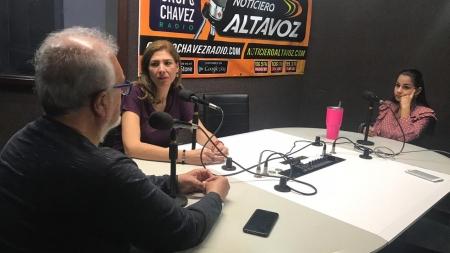 EN EL TEMA CON KATHY ELITZAH Y SALVADOR