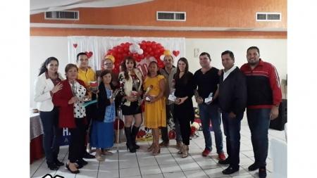 «MI PERSONA FAVORITA» CON CHAVEZ RADIO GUAMÚCHIL