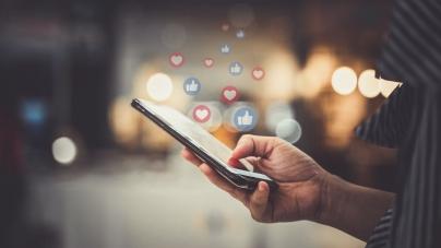 Lo que jamás deberías compartir en redes sociales o podrías ponerte en riesgo