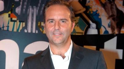 Golpe para Televisa: Famoso conductor de noticias da positivo a coronavirus