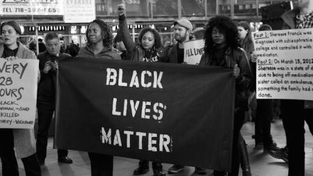 ¿POR QUÉ NO DEBES PUBLICAR UNA IMAGEN NEGRA CON EL HASHTAG #BLACKLIVESMATTER?