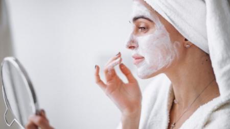 Experta lo confirma: cuidar la piel ¡aumenta nuestra autoestima!