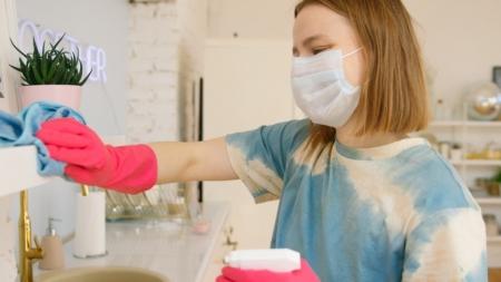 ¿Cómo y cuándo debo desinfectar mi hogar?