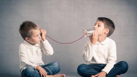 Cómo mejorar tu comunicación conociendo los 8 tipos de escucha