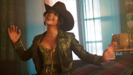 Ángela Aguilar se vuelve viral con su nuevo sencillo